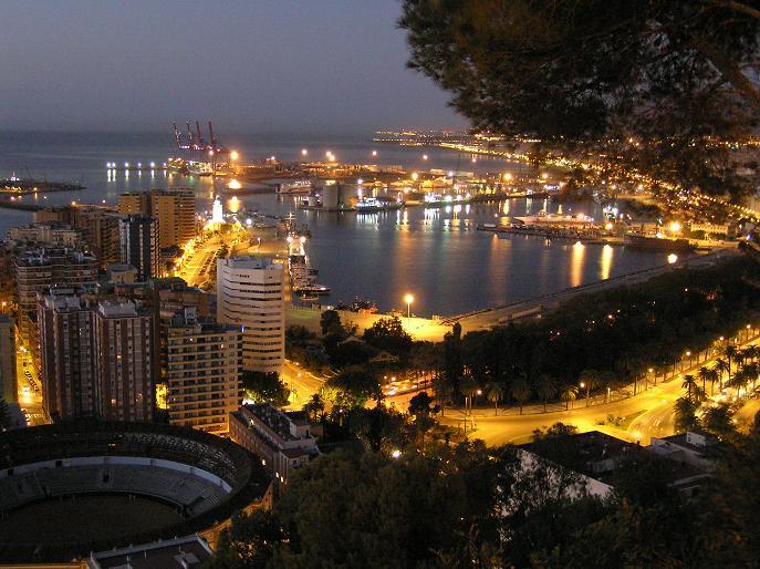 Malaga al amanecer