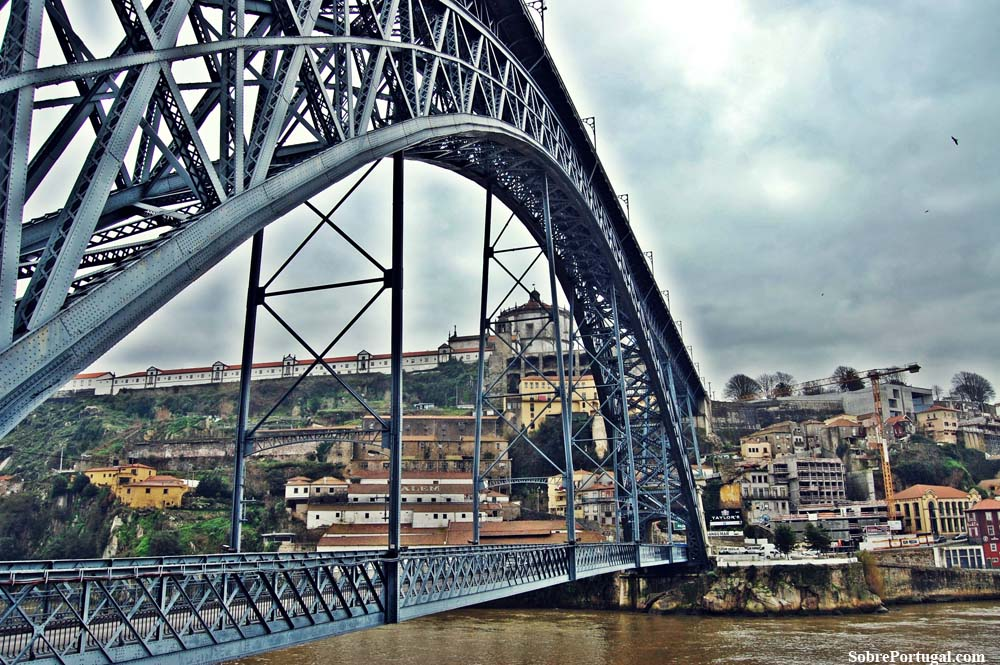 Oporto, vida sobre el Duero