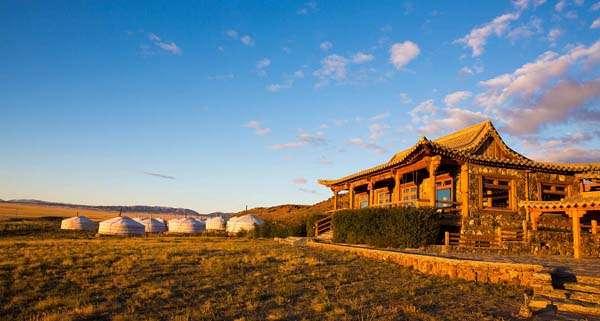 Three Camel Lodge