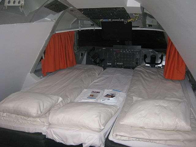 Jumbo Hostel suite