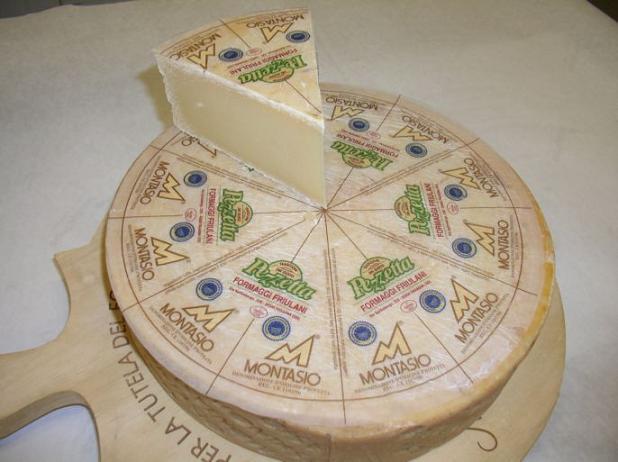 queso-montasio-de-italia