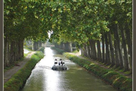 Un paseo por el Canal del Mediodía, en Francia
