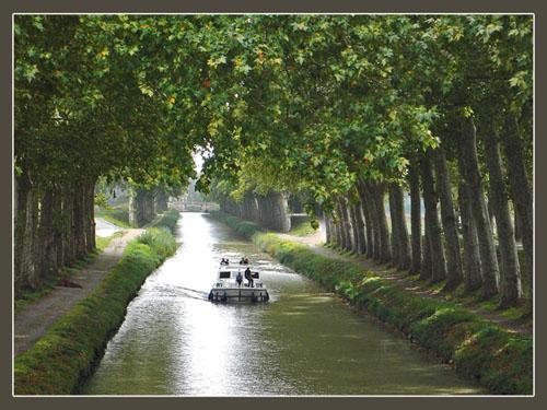 Paseo por el Canal du Midi