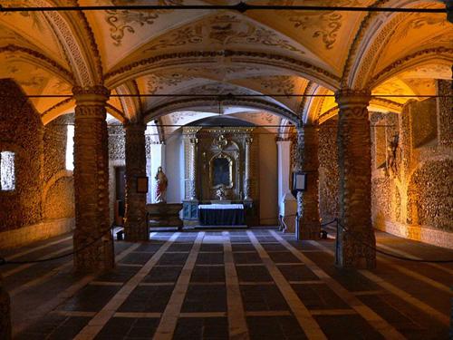 Capilla de los Huesos en Evora