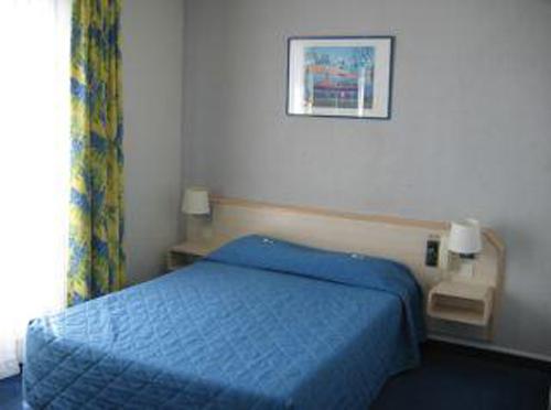 hotel-iliade-paris-18-2