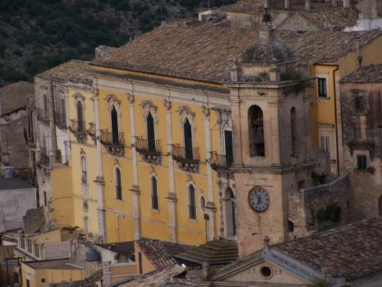 palazzo-sortino-trono en Sicilia