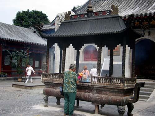 baiyun-guan-2