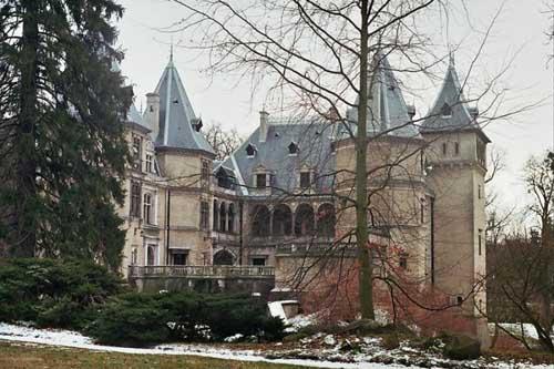 castillo-goluchow