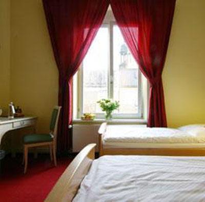 hotel-am-holstenwall-cuarto