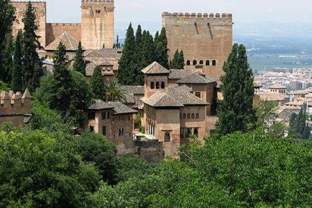 La Alhambra de Granada, Historia y Arte