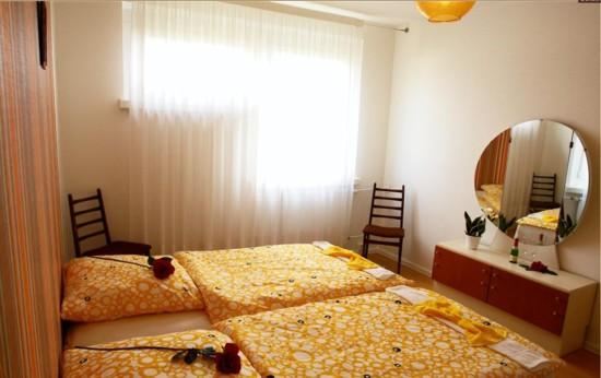 ostel-DDR-habitacion