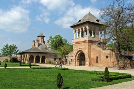 El Palacio Mogosoaia, cerca de Bucarest