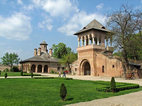 palacio-mogosoaia-en-Bucarest