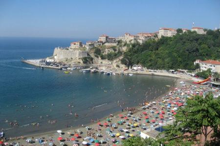 Playa Tropicana, arena y mucho sol en Montenegro