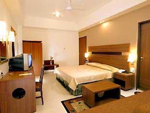 Hotel chateau windsor un 3 estrellas en bombay for Habitaciones de hotel para 5 personas
