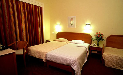 Hotel miraparque de 3 estrellas en lisboa for Detalles en habitaciones de hotel