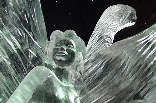 escultura-de-hielo-en-roermond
