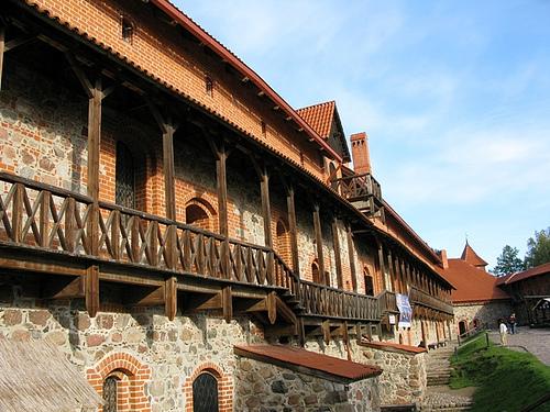 castillo-trakai-2