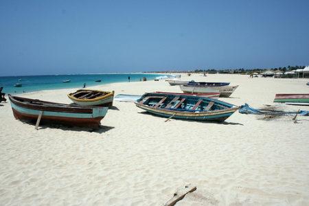 Cabo Verde, destino de playas y salinas