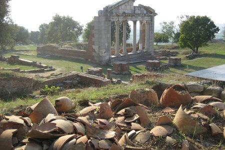 Apollonia, ruinas griegas en Albania