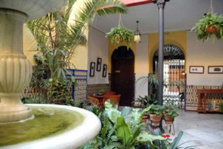 Casa de los Azulejos, hotel hispanoamericano en Córdoba