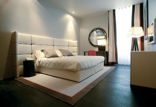 Habitacion del hotel Gray en Italia