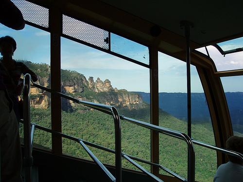 katoomba-blue-mountains