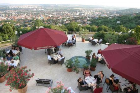 Art Hotel Kikelet de Pécs, relax y amor eterno