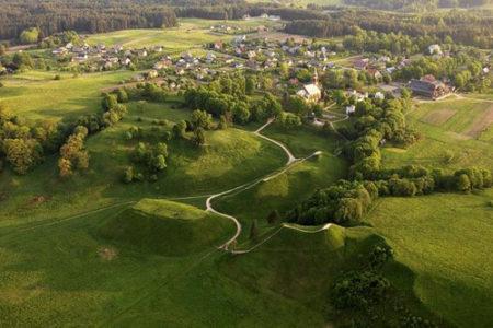 Kernavé, destino milenario en Lituania