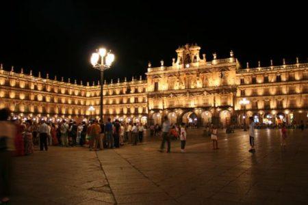 Señalización para turistas en Salamanca