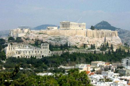 Barcelona – Atenas, vuelo + hotel por menos de 500€