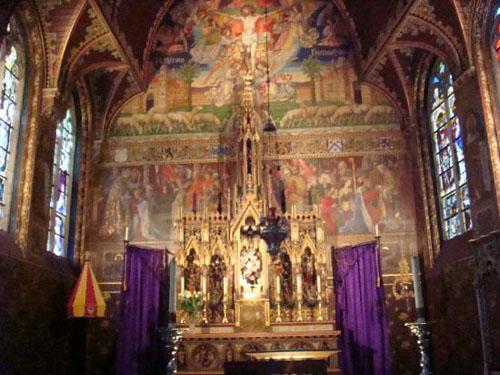 basilica-sangre-sagrada-interior