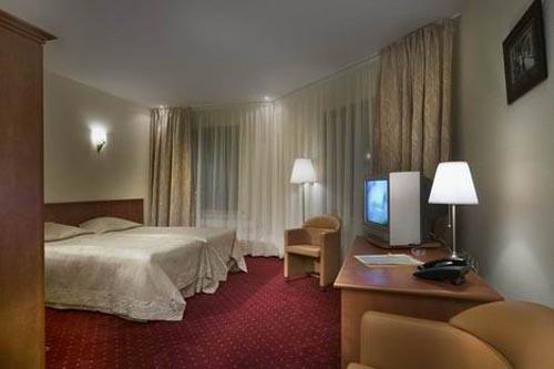 hotel-hnos-karamazov2