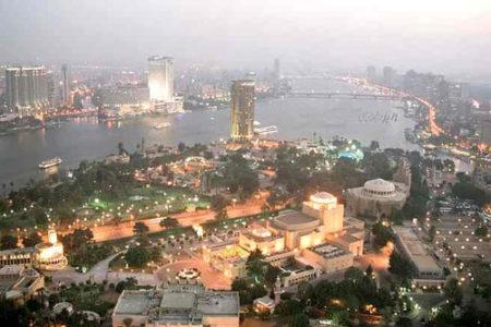 De Madrid a El Cairo, vuelo + hotel por 640€