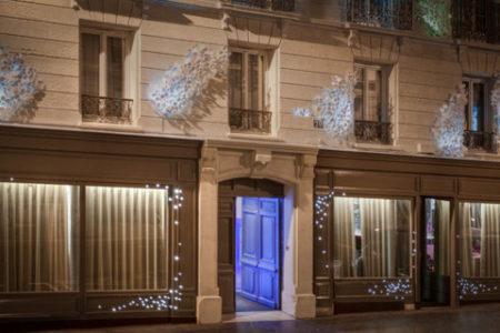 Seven, un hotel levitante en París