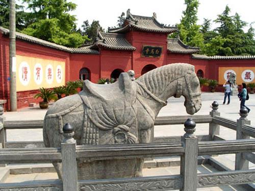 templo-del-caballo-blanco