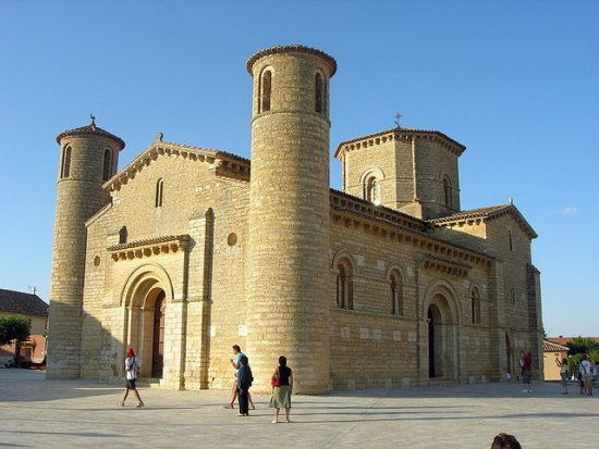 Iglesia rupestre de Olleros de Pisuerga.