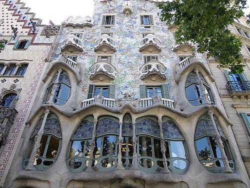 La casa batll sue o de gaud en barcelona Art nouveau arquitectura