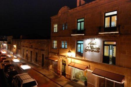 Galería Suites, arte-hotel en Morelia