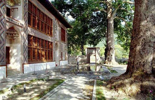 sheki_khansarai1