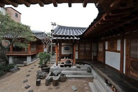 Alojarse en una hanok, casa tradicional coreana