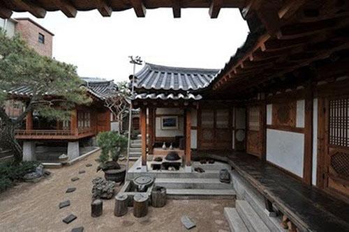 Alojarse en una hanok casa tradicional coreana for Casa moderna corea