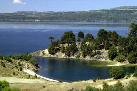 Villa Pehuenia, rincón de la Patagonia argentina