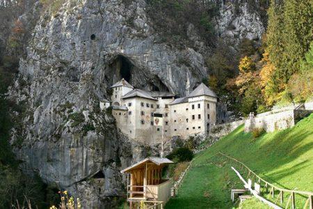 El Castillo Predjama y su cueva secreta
