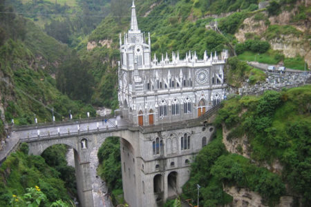El Santuario de Las Lajas, maravilla en Colombia