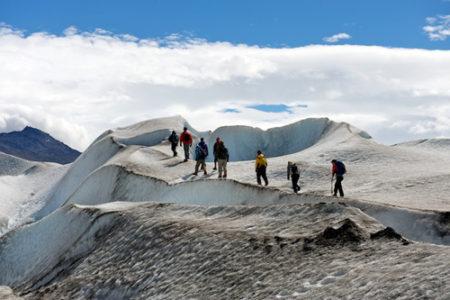 Trekking por el Glaciar Viedma, en el sur argentino