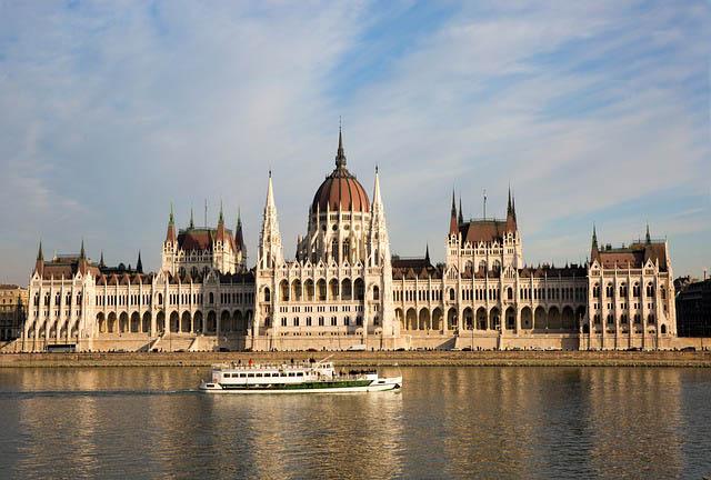 Budapest, vista del Parlamento