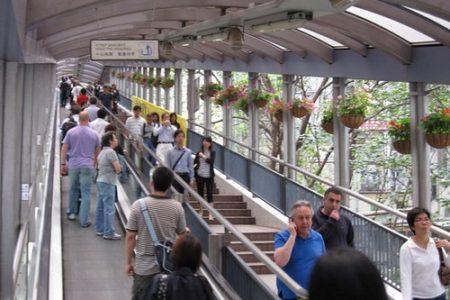 Un paseo por las escaleras mecánicas de Hong Kong