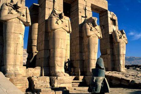 El Templo Mortuorio de Ramsés II: el Rameseum