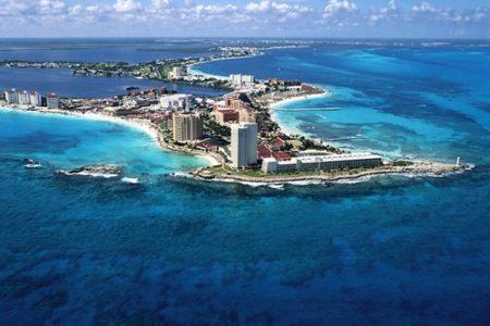 Orbest conecta el Prat con Cancún y Punta Cana